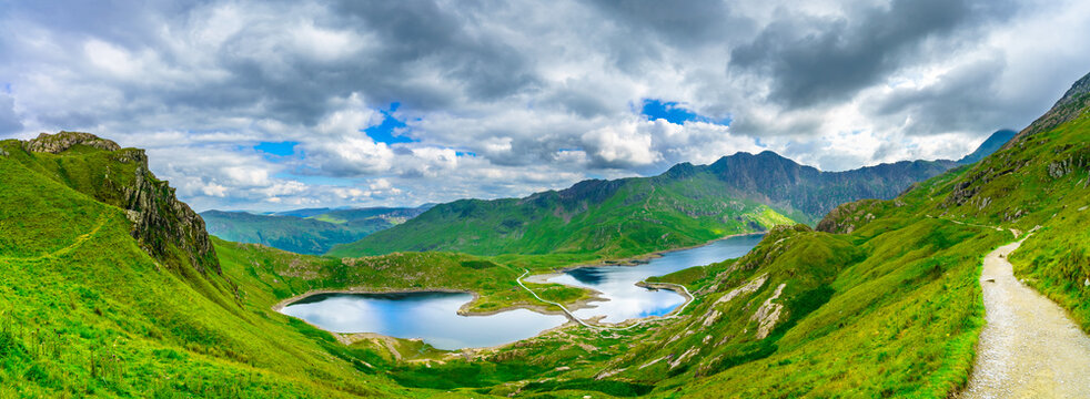 Panorama of beautiful landscape of Snowdonia National Park in North Wales overlooking Llyn Llydaw lake
