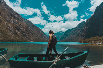 Travel in the mountains and beautiful lagoons of Peru