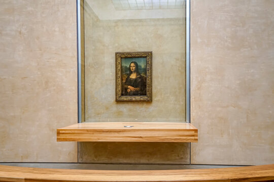 """Paris, France - circa May, 2017: The most famous painting and Leonardo DaVinci's """"Mona Lisa"""" at the Louvre Museum"""