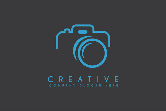 camera icon vector illustration. camera photograph logo isolated on dark background