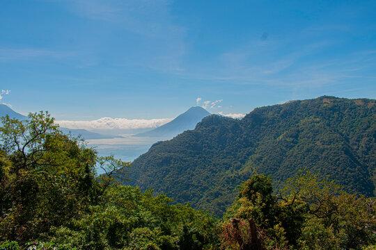 lago de Atitlán Panajachel hermoso paisaje