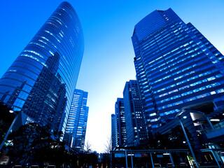 Fototapete - 東京都 品川駅前の高層ビル街