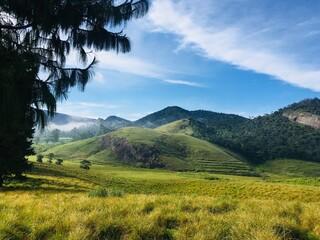 travel sri lanka most beautiful mountian