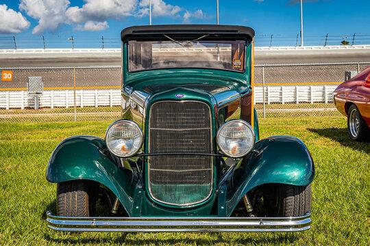 1932 Ford Model B Woody Station Wagon