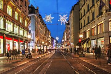 Street scene in Geneva along the central Rue de la Croix d'Or, Switzerland Fotobehang