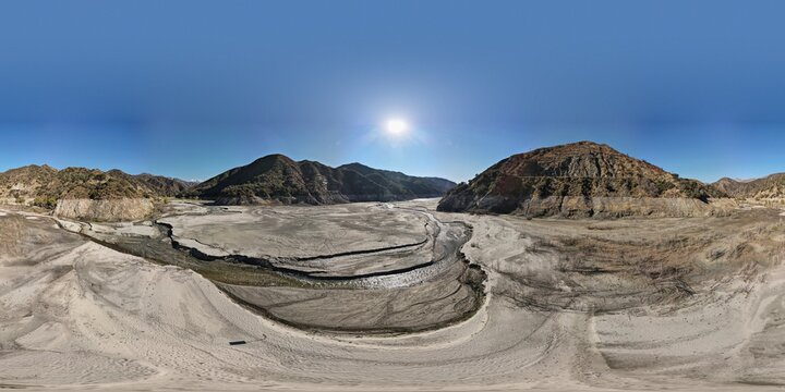 HDRI 360 Spherical Maps for 3D applications, lighting and Post Production. Natural landscapes, 8K