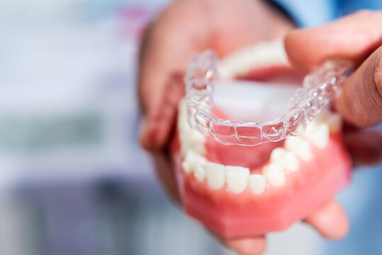 Invisible and removable aligners for teeth alignment