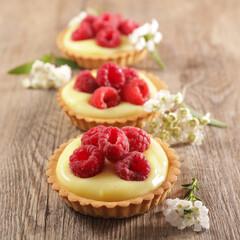 lemon tart and raspberry fruit