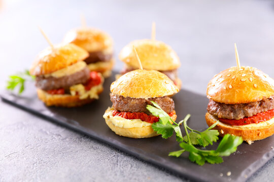 mini hamburger withbeef, tomato and cheese snack