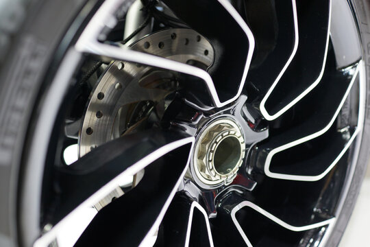 Close up rims detail from a luxury sport car