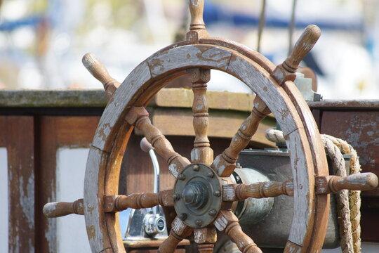 Steering wheel of an old boat