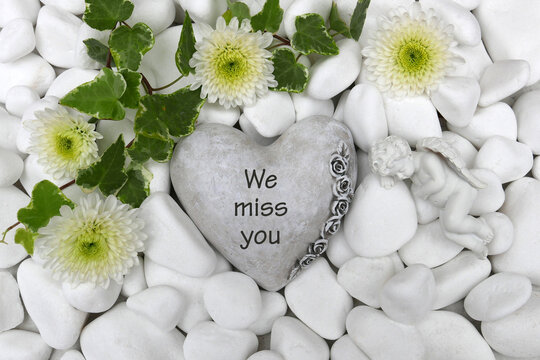 Heart with the inscription we miss you