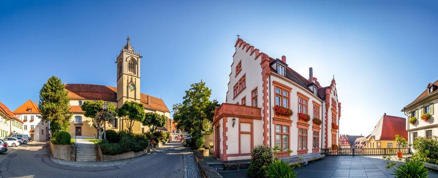 Sankt Jakobus Kirche, Rathaus, Pfullendorf, Baden-Württemberg, Deutschland