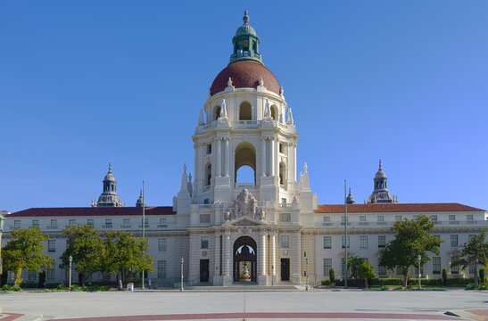 This is an HDR image looking east of the Pasadena City Hall. This landmark was built in 1927. The City of Pasadena is located in Los Angeles County.