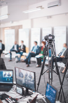 live internet streaming of business conference meeting