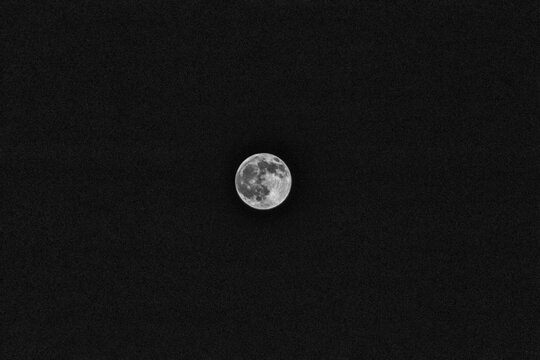 Full moon shot with hand held Canon EOS Rebel T7