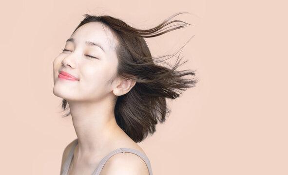 女性のヘアケアイメージ  美髪 美容 スキンケア