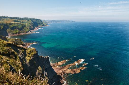 Costa asturiana des de Lastres a Luces