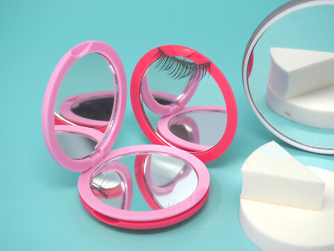 High Quality Magnifying Mirror, Creative Beauty Supplies Photography, Abstract Cosmetic Products Lineup, Small Cosmetic Vanity Mirror, Surreal Compact Mirror Photoshoot, Pink Reflection, Eyelash Style