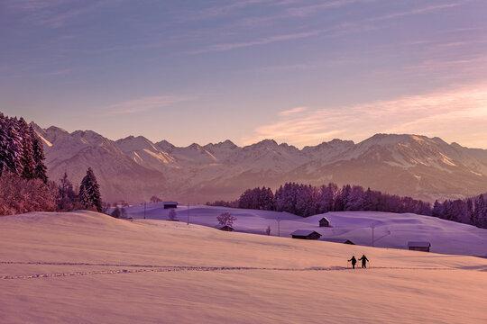 Tourengänger - Allgäu - Reichenbach - Oberstdorf - Winter - Sonnenuntergang
