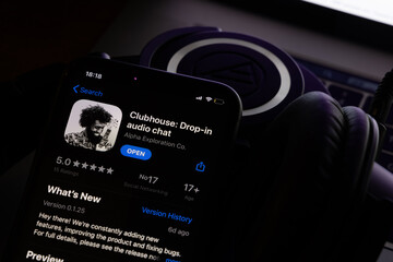 Clubhouse App: The Invite-Only Audio App That Elon Musk Uses 3