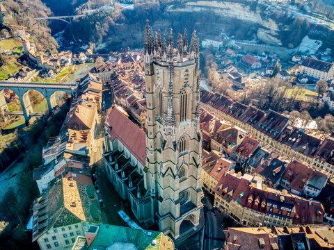 Stadt Fribourg, Poya und Zaehringen brücke, Schweiz , Winter