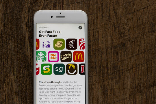 Portland, OR, USA - Jan 25, 2021: Assorted Fast Food apps are seen on an iPhone - McDonald's, Taco Bell, Panera Bread, Chipotle, Chick-fil-A, Starbucks, Dunkin', Philz Coffee, SUBWAY, sweetgreen, etc.