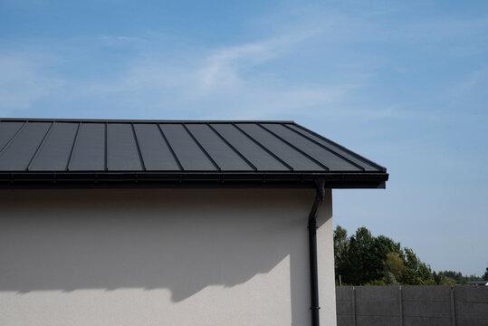 Metal standing seam roof