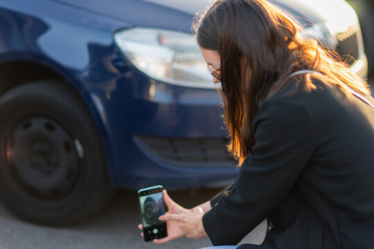 Car accident, fix the broken part of the car for filing a claim. Car insurance,