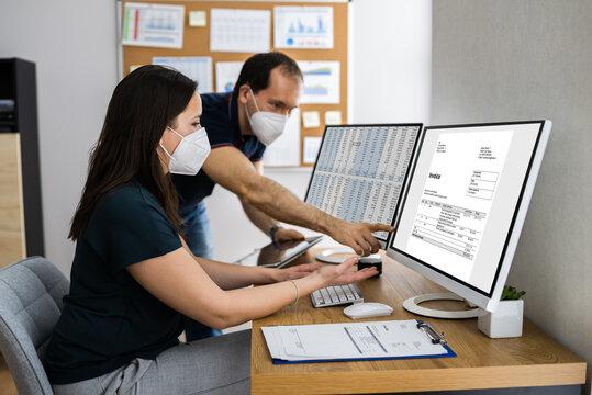 Using E Invoice Tax Software