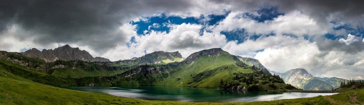 Die Alpen des Tannheimer Tals