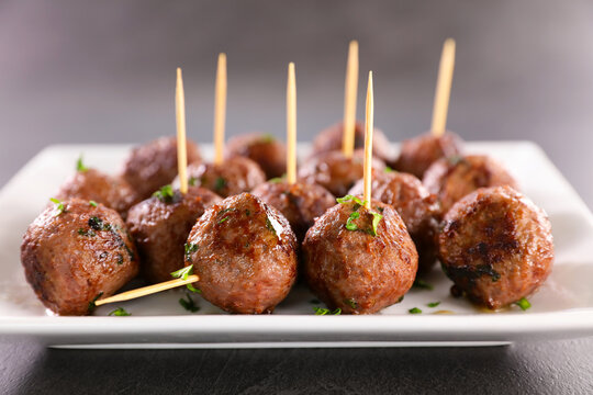 grilled beef meatballs in plate