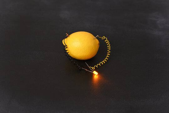 Free energy electricity generator using Lemon.