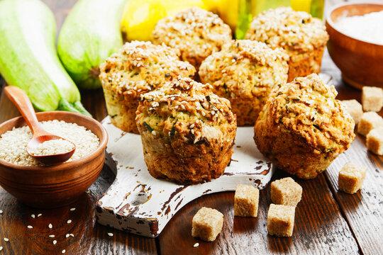 Zucchini muffins with lemon