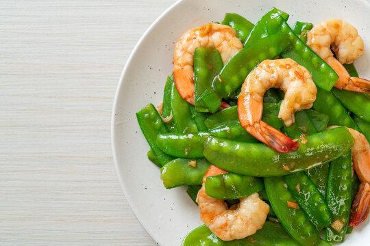 Stir-Fried Green Peas with Shrimp
