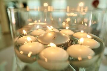 świeczki w wodzie, elegancja i styl w zapalanych świeczkach na wodzie