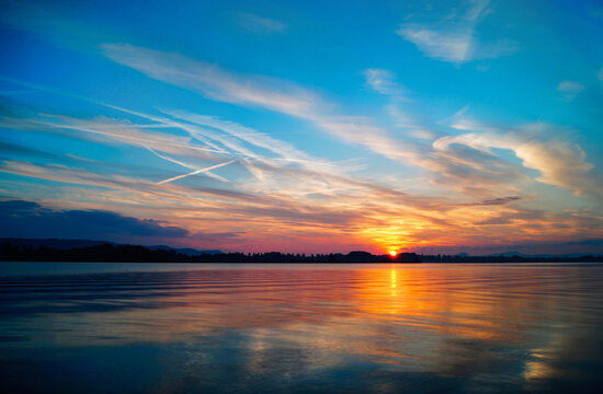 Sunset With Beautiful Cloud Mood Lake Constance