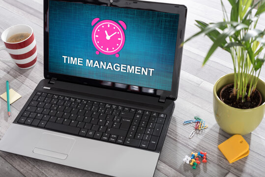 Time management concept on a laptop