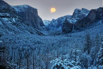 Moon in Yosemite