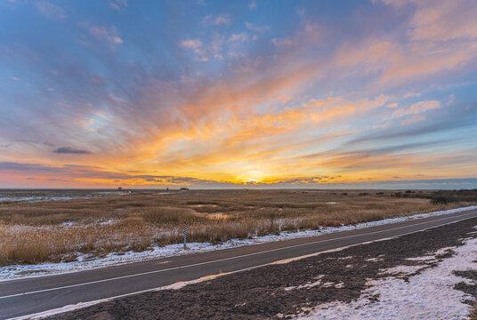 Sonnenuntergang im Winter an der Nordsee