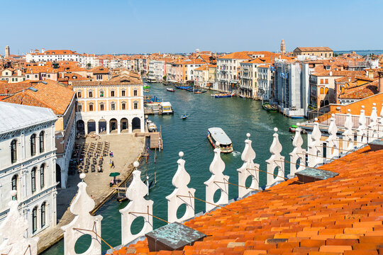 View of the Grand Canal from the roof terrace of the Fondaco dei Tedeschi, Venice, Italy