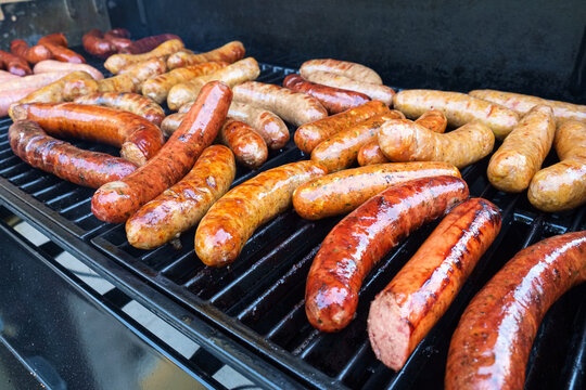 Barbecue sausage grilling