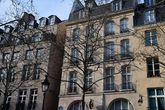 Paris; France - december 22 2017 : Beaubourg district