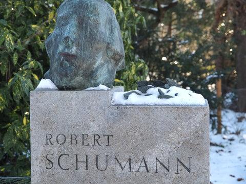 Sculpture of the musician Robert Schumann n Duesseldorf