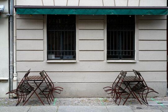 geschlossenes Strassencafe in Berlin