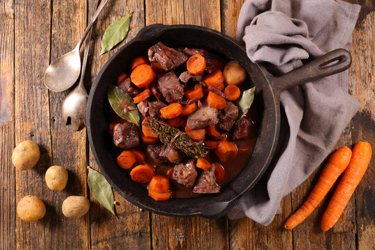 bourguignon beef- french traditional gastronomy