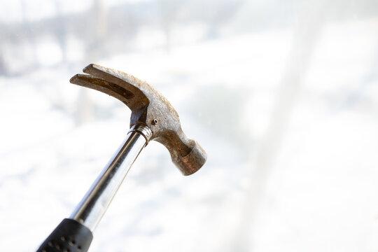 All-metal die-cast hammer