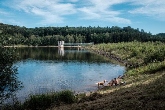Lac des Settons  en Bourgogne