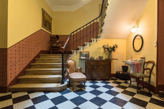 Chambre et table d'hôte dans ancienne magnanerie - Hall Escalier