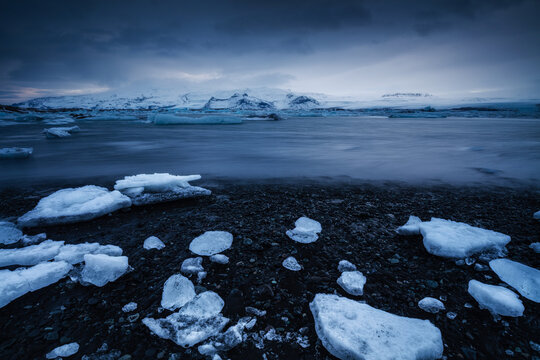 Jökulsárlón glacier lagoon, Iceland, North Atlantic Ocean
